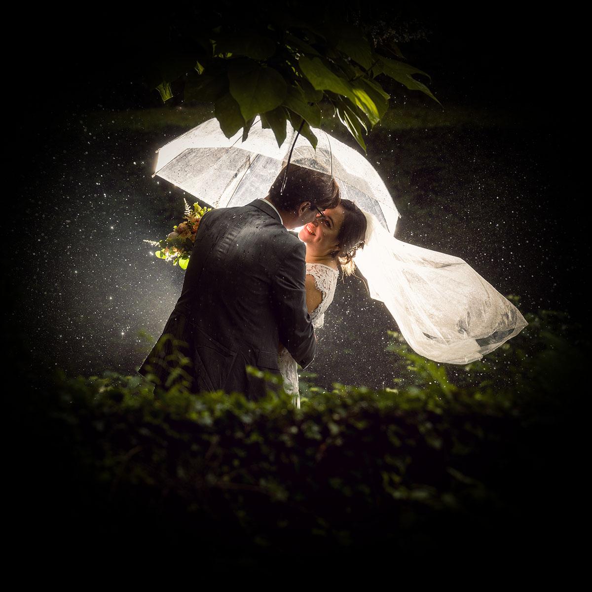 trouwfoto's regen